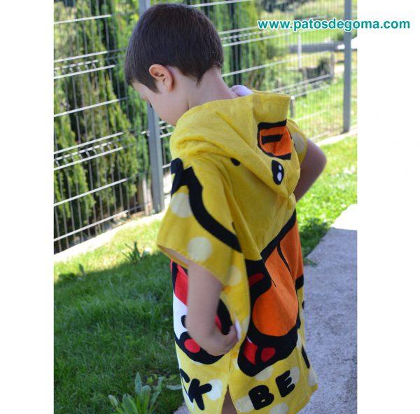 poncho infantil con capucha patito parte de lateral